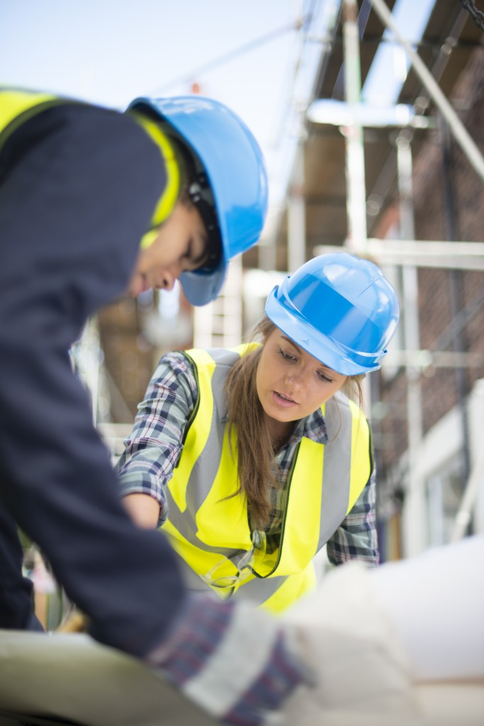 young construction trainees on site